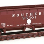 70-Ton Hart Ballast Car - Ready to Run - Master(R) - Southern Railway #95301 (Boxcar Red, white Dot)