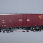 Scale Trains SXT1027 Evans 5100 RBL 8' Double-Plug-Door Boxcar, Wisconsin Central WC #1010